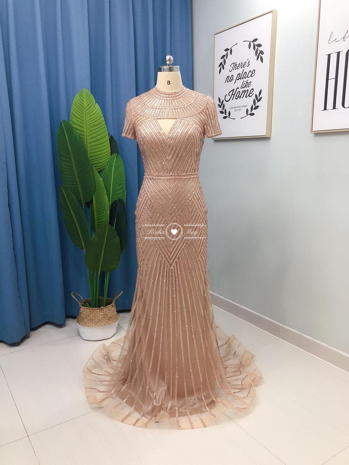 What's Trendy About Evening Dresses