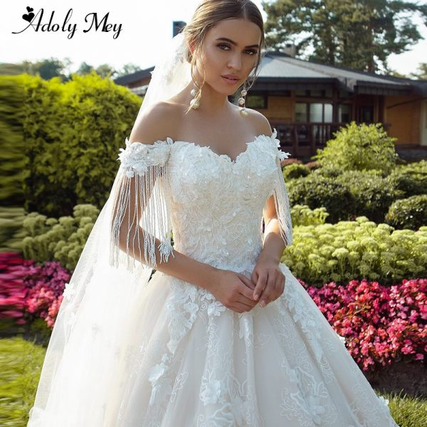 Charming Sweetheart Wedding Dress